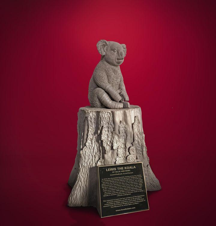 The bronze tribute to Lewis the Koala.