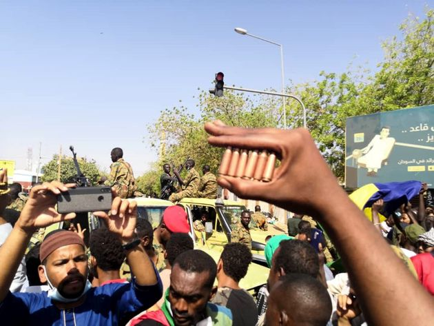 Μια στις 4 χώρες πλήττεται από αναταραχές - Φουντώνει ο παγκόσμιος αναβρασμός το