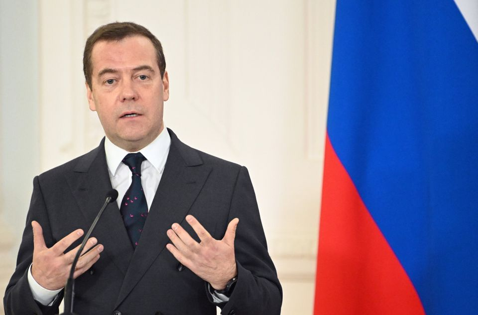 Prime minister Dmitry Medvedev and his government resigned in the wake of Putin's comments on