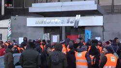 Lavoratori Spea protestano sotto sede Autostrade: