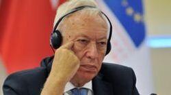García-Margallo se pasa Twitter y comparte el mejor meme que le han hecho tras la