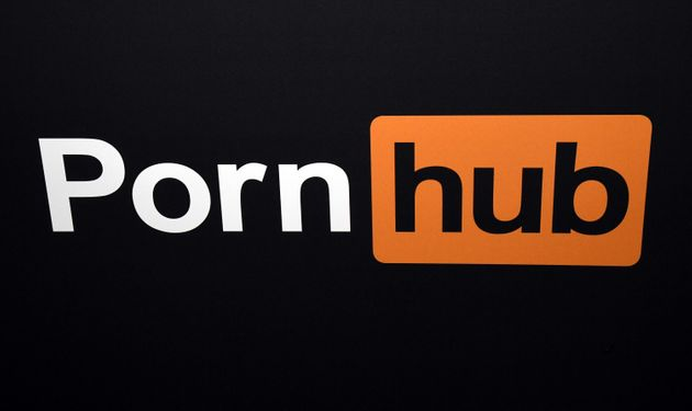 Logotipo de Pornhub, en un encuentro de cine de adultos en Las Vegas, en