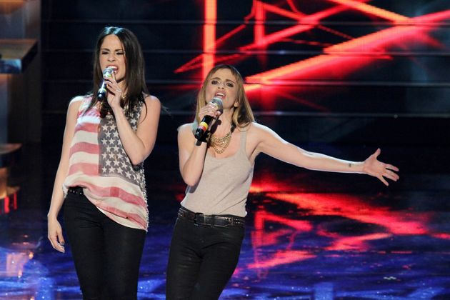 NAPOLI, ITALY - 2011/04/29: The singers Paola e Chiara during a TV show at the RAI studios. (Photo by...