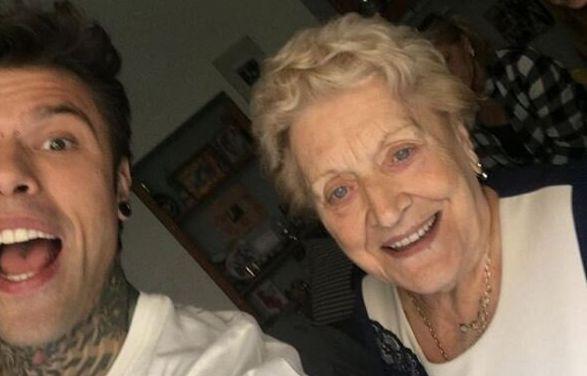"""La nonna di Fedez scatena le polemiche: """"Oggi in Italia"""