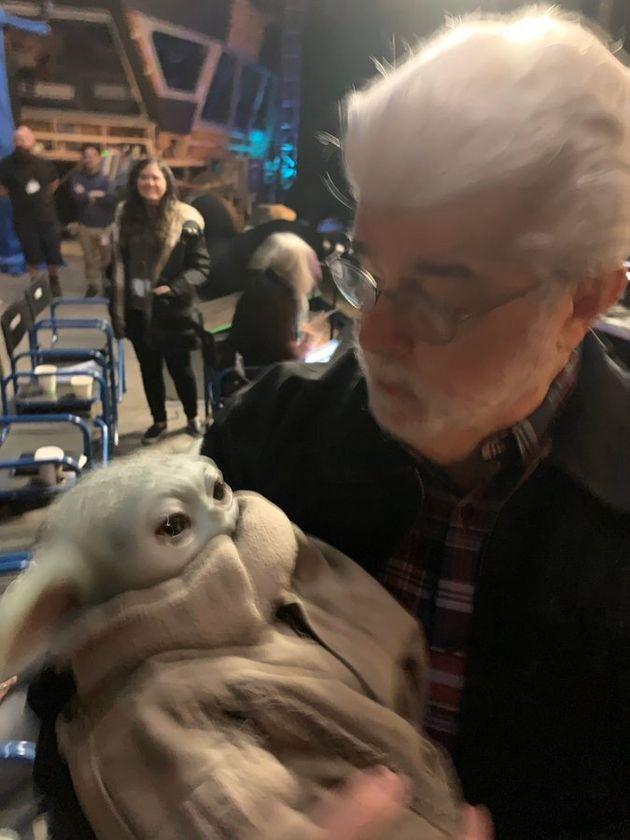 George Lucas et Baby Yoda réunis en