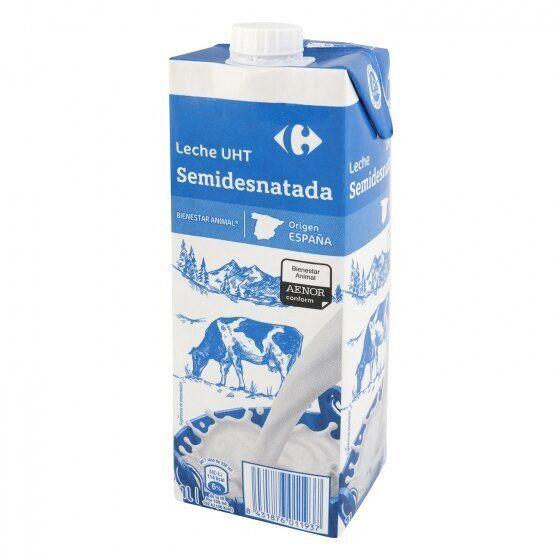 Un litro de leche UHT de Carrefour.