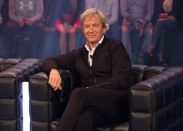 Alain Choquette a subi une crise cardiaque et doit reporter des spectacles