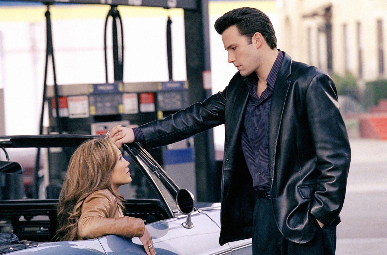 "Jennifer Lopez and Ben Affleck in ""Gigli."""