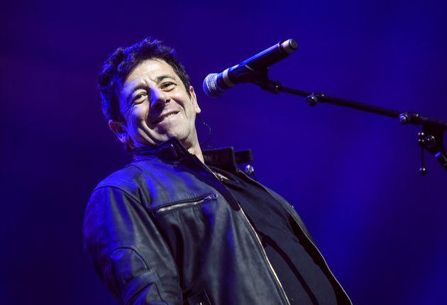 Patrick Bruel, ici en concert à Valenciennes en décembre 2019, sera bien aux concerts des...