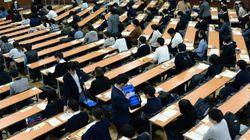 「オレ様がついている!」「試験が人生のすべてではないけれど」…受験生たちに贈るメッセージが熱い。
