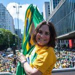 Regina Duarte quer se encontrar com Bolsonaro antes de decidir se vai para