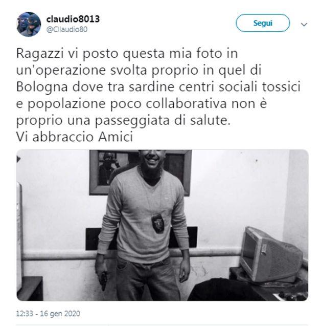 La foto pubblicata da claudio8013 sul suo profilo Twitter. Digos di Bologna e Polizia Postale stanno...