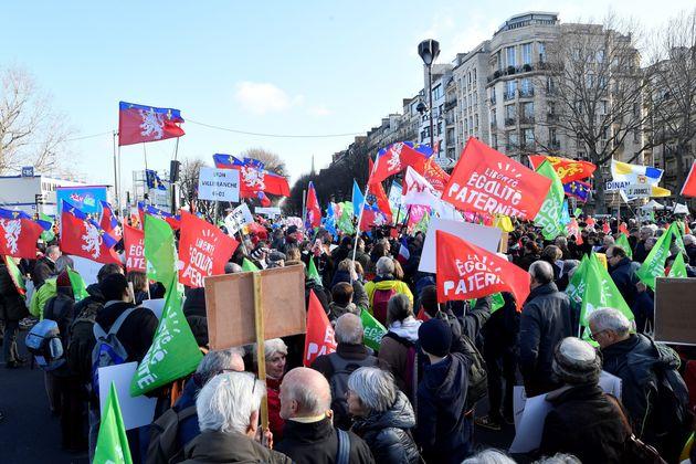 La manifestation anti-PMA à Paris peine à mobiliser autant qu'en octobre