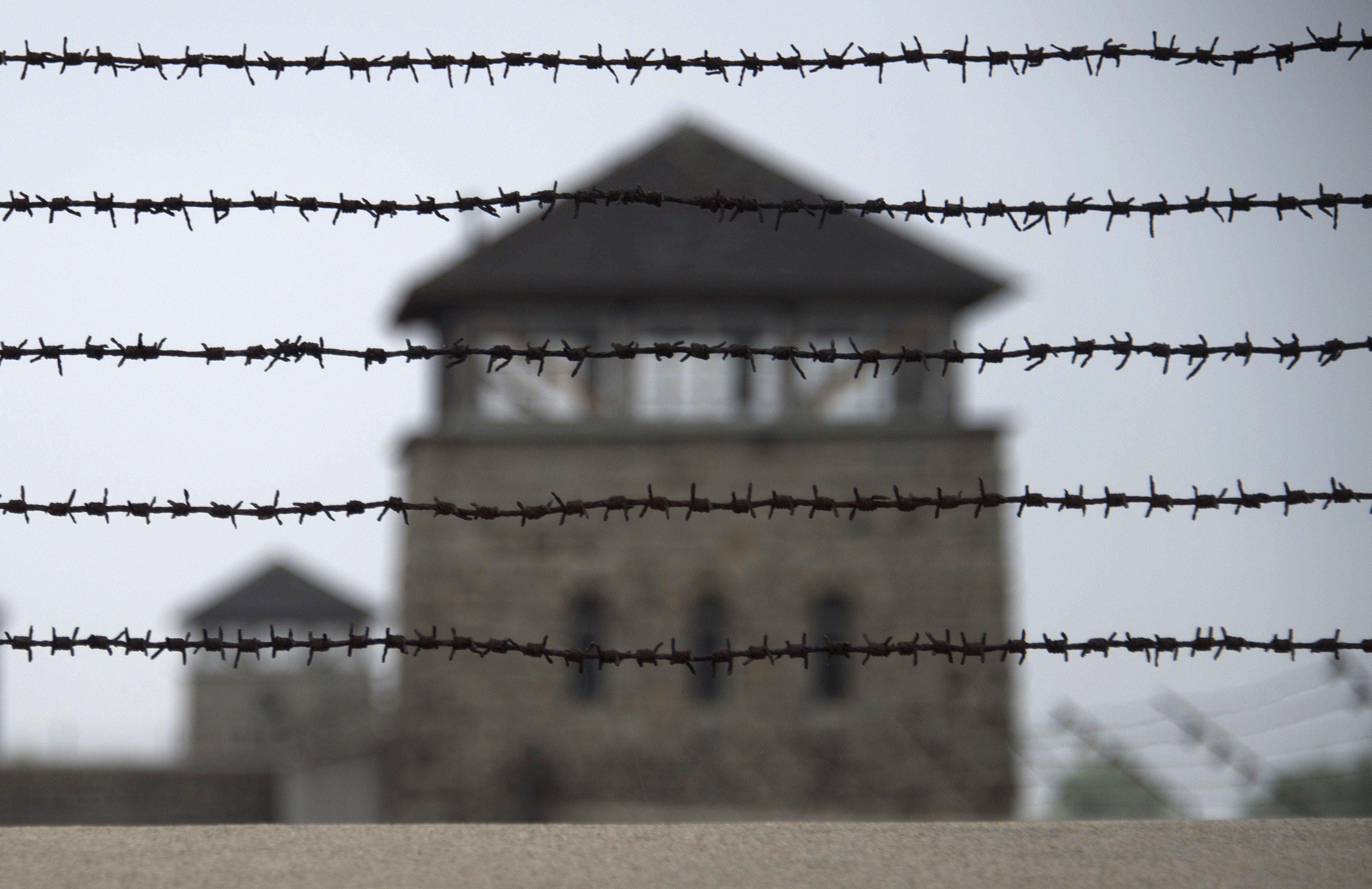 Un concejal de Vox vota contra el reconocimiento a prisioneros españoles en los campos nazis