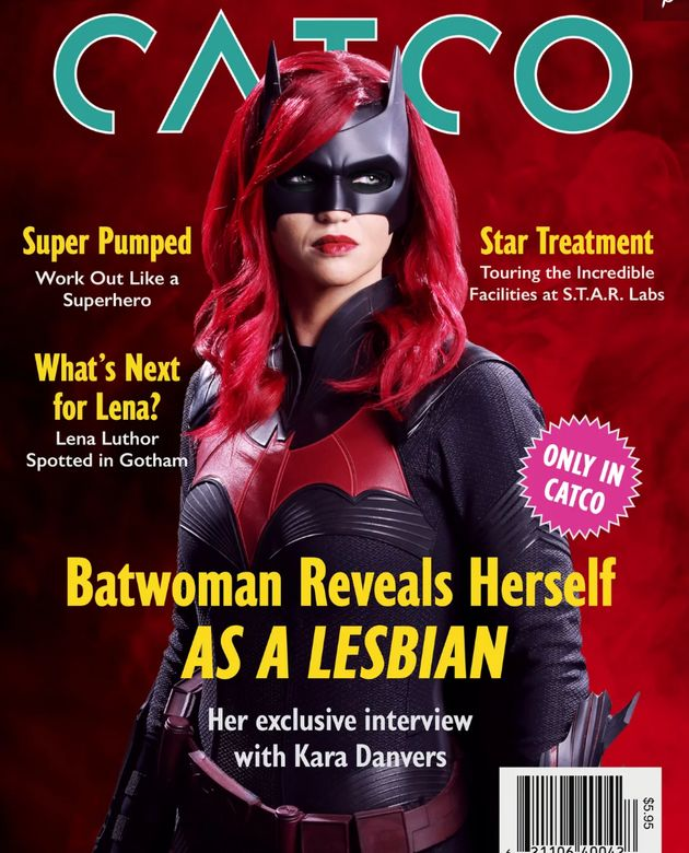 Batwoman Comes Out As A Lesbian In Historic 'Batwoman'