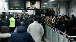 서울 지하철이 가까스로 파국을 면하고 정상운행에