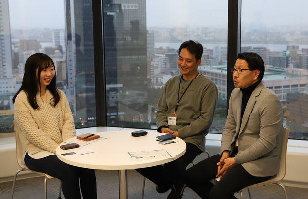 左から、同社うめきた都市再生事務所の昆野凜さん、中山宗一課長、島本健太所長