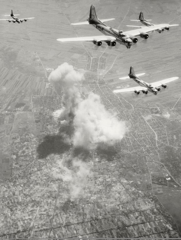 Ντοκιμαντέρ: Γιατί οι Σύμμαχοι δεν βομβάρδισαν το