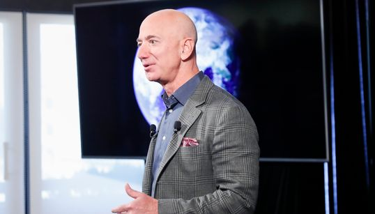 """DAL GUARDIAN - """"Telefono Bezos hackerato da Bin Salman prima dell'assassinio"""