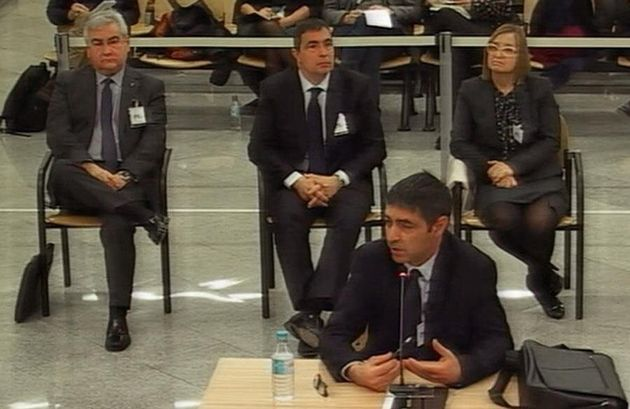 Imagen captada de la señal institucional de TV de la Audiencia Nacional del mayor de los Mossos d'Esquadra...