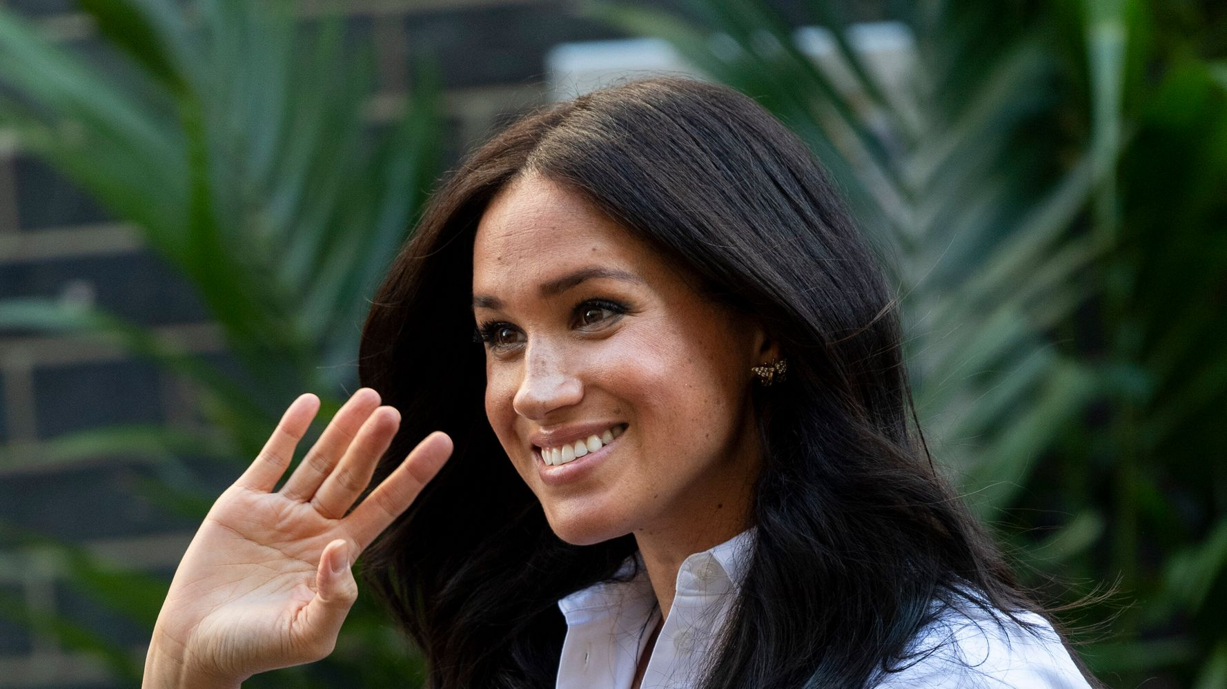 Westlake Legal Group 5e286a11220000bd053eb60c Meghan Markle Shares Previously Unseen Photos Of Secret Charity Visit