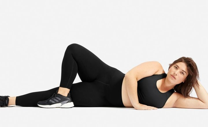 The new Everlane Perform Leggings are available to shop now.