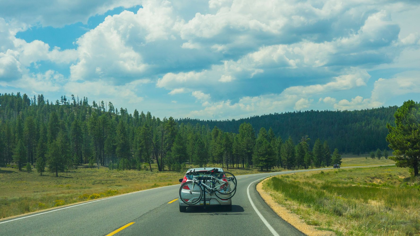 20 Expert-Backed Tips For An Epic Road Trip | HuffPost Life