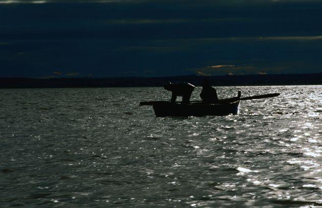 Pescadores en Larache, en la costa atlántica de Marruecos, en una imagen de