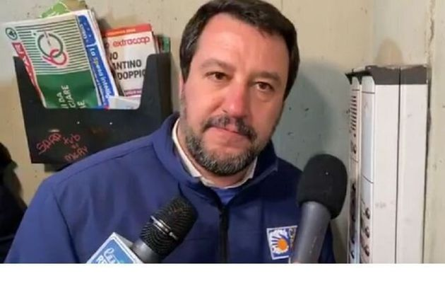 Matteo Salvini nel quartiere Pilastro a