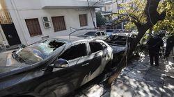 Νέες εμπρηστικές επιθέσεις στο Κολωνάκι – Εκαψαν τέσσερα