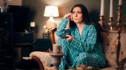 Οι επιπτώσεις του binge-watching στον εγκέφαλο και το