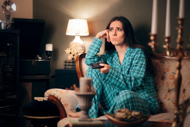 Οι επιπτώσεις του binge-watching στην υγεία.
