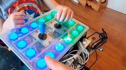 Un padre crea un mando adaptado para que su hija con discapacidad pueda jugar a