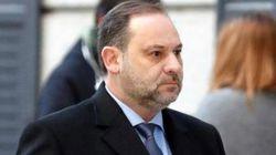 La oposición exige a Ábalos que explique el encuentro que mantuvo en Barajas con la 'número dos' de