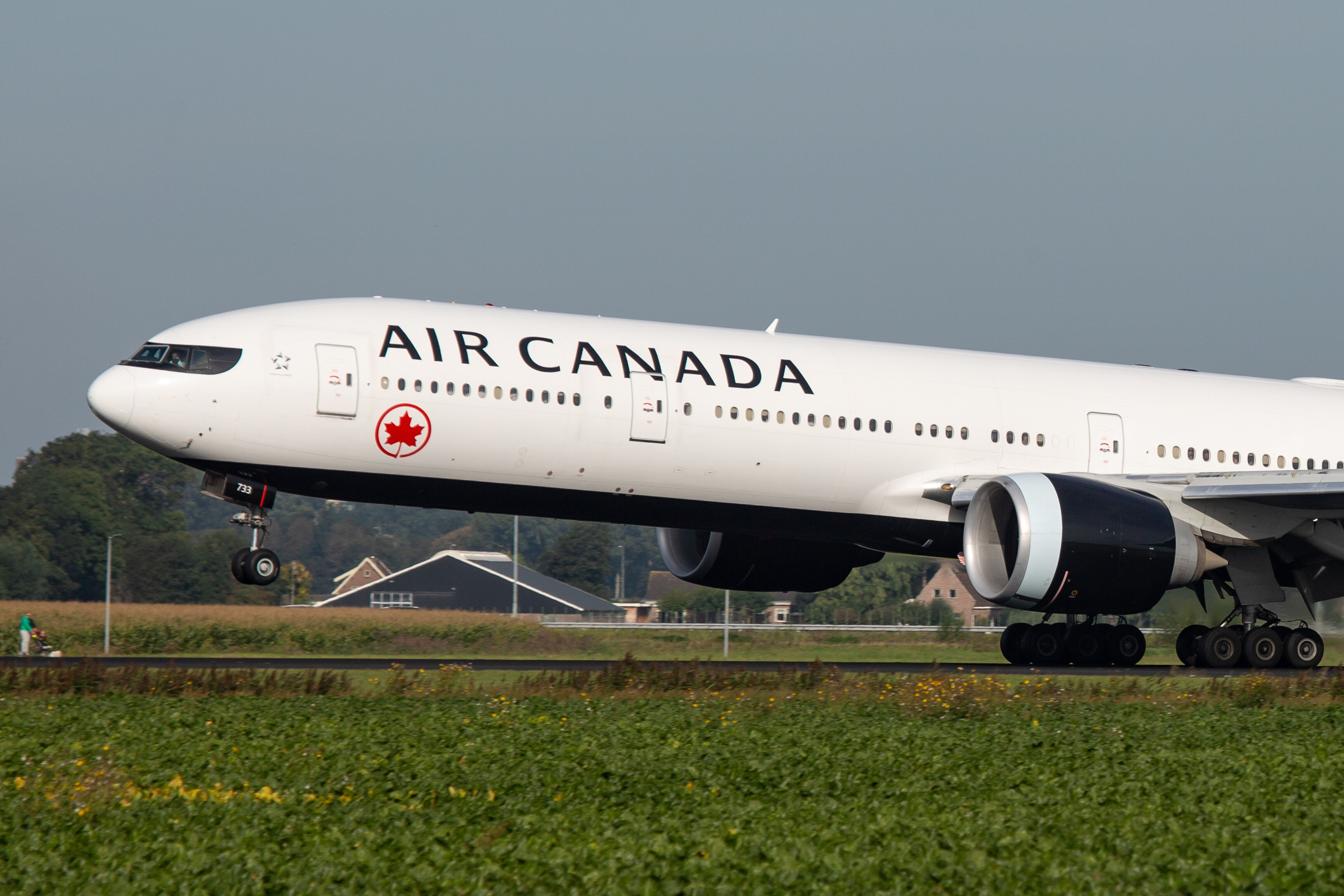 Air Canada Apologizes For Flight Delays Caused By Network Issue