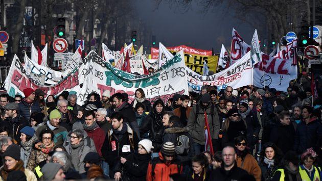 Manifestation à Paris contre la réforme des retraites le 24