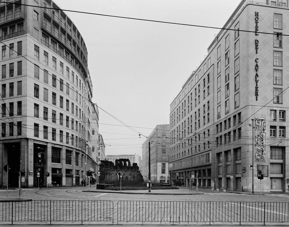 Milano, 1996