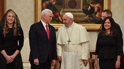 Ricucire fra Casa Bianca e Vaticano. La complessa mission di Pence da