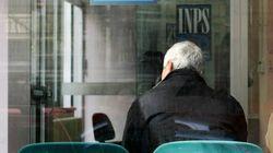 """Non riceve la pensione e chiama la banca. Loro rispondono: """"Guardi che lei è"""