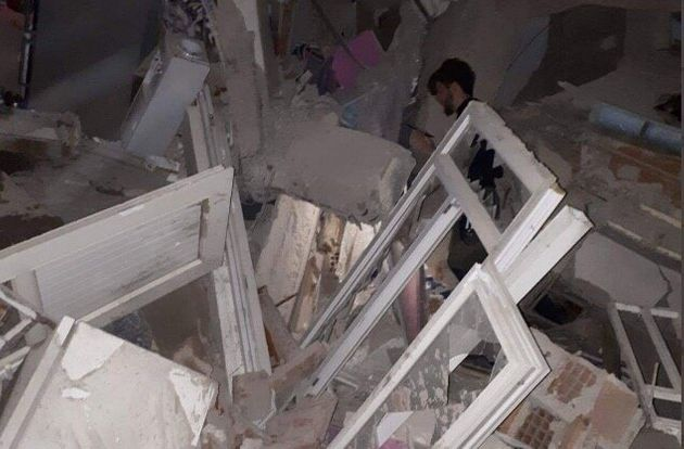 Destrozos por el terremoto en