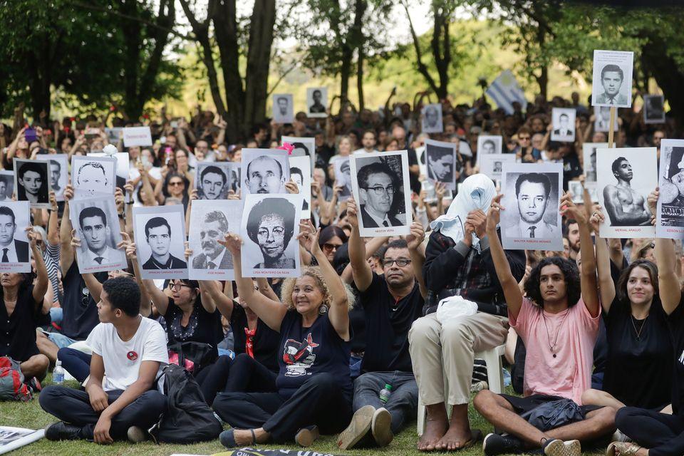 O Estado brasileiro reconheceu 434 vítimas da ditadura militar e cerca de 160 famíliasnão...