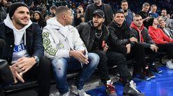 Mbappé, Tony Parker, Michael Jordan... les stars étaient aussi dans les gradins pour le 1er match de NBA à
