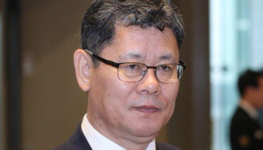 김연철 장관이 이산가족 방북 비용 지원을 검토 중이라고