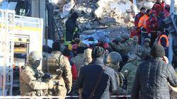 Forte terremoto in Turchia, almeno 29 vittime. Nuova scossa nella