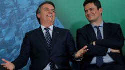 Bolsonaro diz que não precisa 'fritar ministro para demiti-lo' e elogia trabalho de Moro no