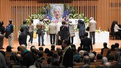 中村哲医師のお別れ会に長蛇の列 900人収容のチャペルがすぐ満席に