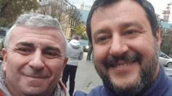 Fa un selfie con Salvini mentre è in malattia, delegato Cgil licenziato a