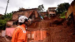 Δεκάδες νεκροί από σφοδρή καταιγίδα στη