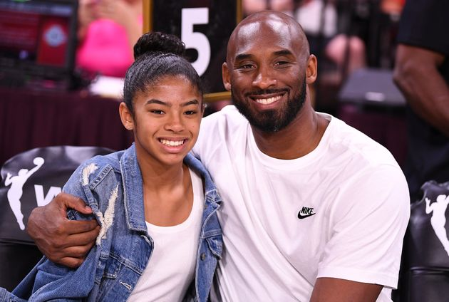 Gianna et Kobe Bryant au WNBA All Star Game en juillet 2019. Crédit photo: Stephen R. Sylvanie-USA...