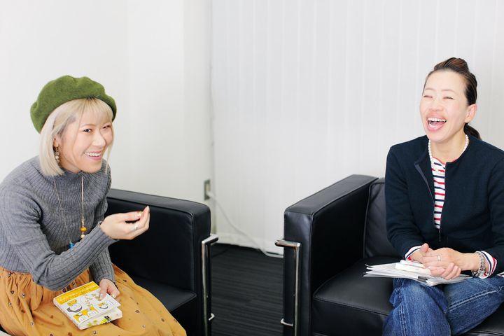 (左から)姫野桂さんと青山ゆみこさん